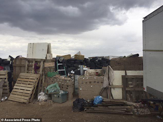 Descubren campamento con 11 niños desnutridos en Nuevo México - Foto de AP