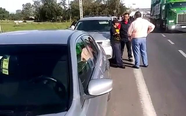 Carambola en Silao deja nueve vehículos con daños