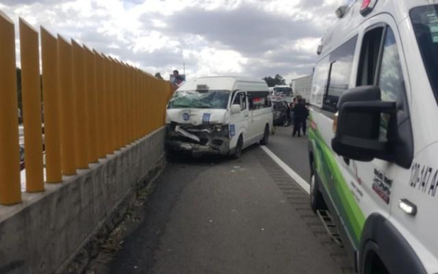 Carambola en la autopista México-Puebla deja al menos 12 lesionados - Foto de @Supervivencia9
