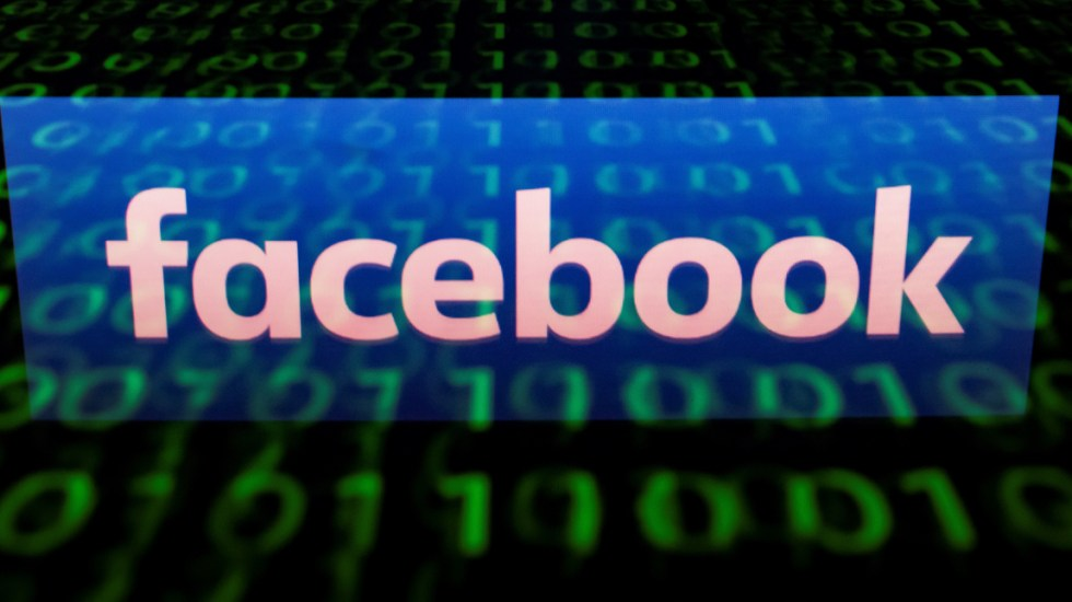 Facebook calificará a usuarios para evitar fake news - Foto de AFP