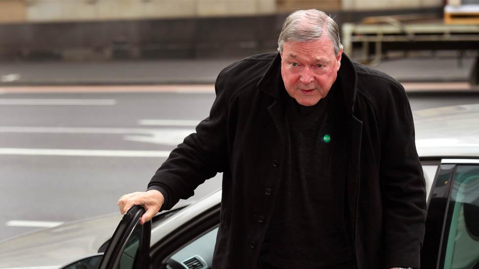 Cardenal australiano a juicio por abuso sexual a menores - George Pell. Foto de William West/AFP
