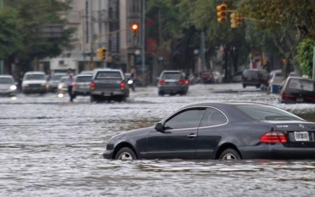 Qué hacer si tu automóvil queda atrapado en una inundación - Foto de Internet