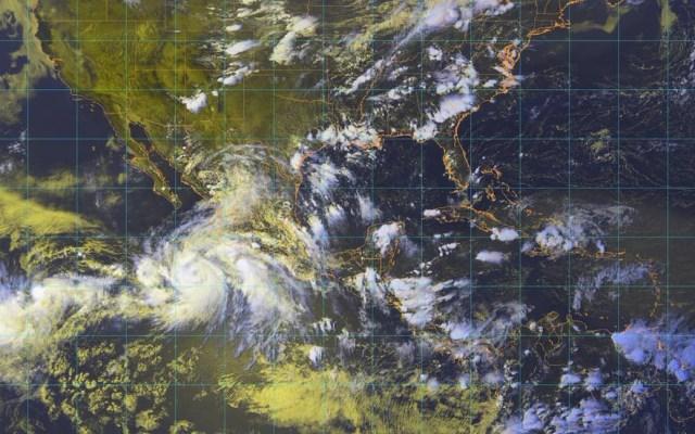 'John' se intensifica a huracán categoría 1 - Foto de Conagua