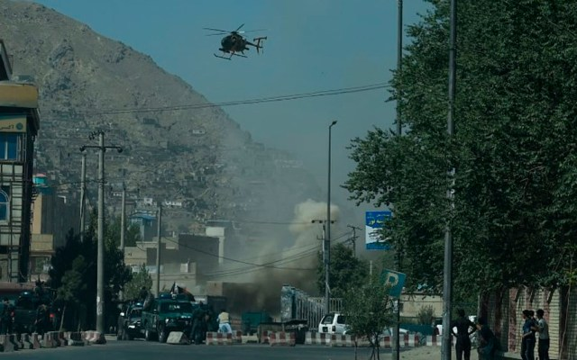 Combates en Kabul tras disparos de cohetes - Foto de WAKIL KOHSAR / AFP