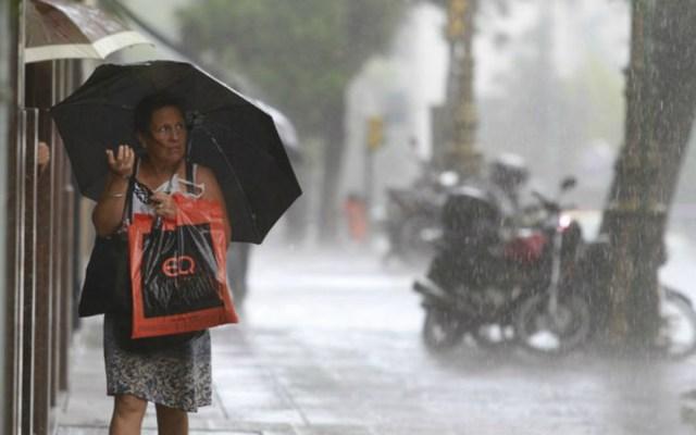 Afectaciones viales en la Ciudad de México por lluvia de este lunes