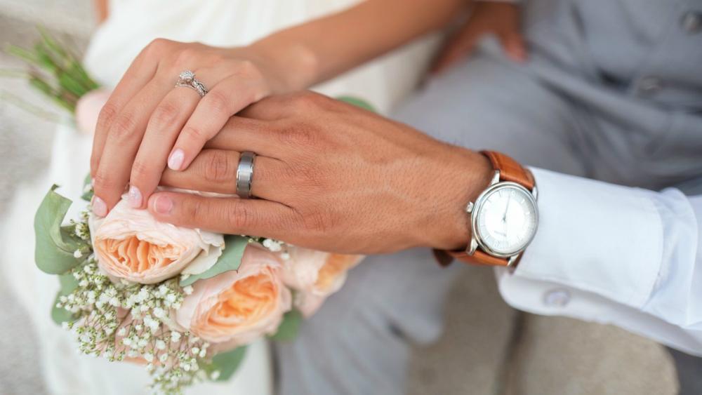 Es inconstitucional impedir matrimonio a personas con VIH: juez - Foto de Internet