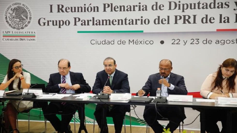 Navarrete Prida se reúne con diputados electos del PRI - Foto de @navarreteprida