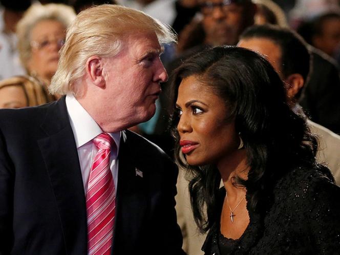 Omarosa recibió oferta para que hablara bien de Trump