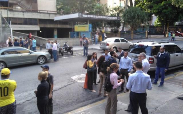Sismo de magnitud 7.3 sacude Venezuela y Trinidad y Tobago - Foto de @Foro_TV