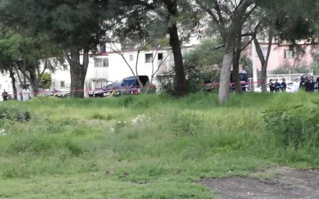 Hombre muere tras enfrentarse a elementos policiacos en Tláhuac - Foto de @kyamamotov