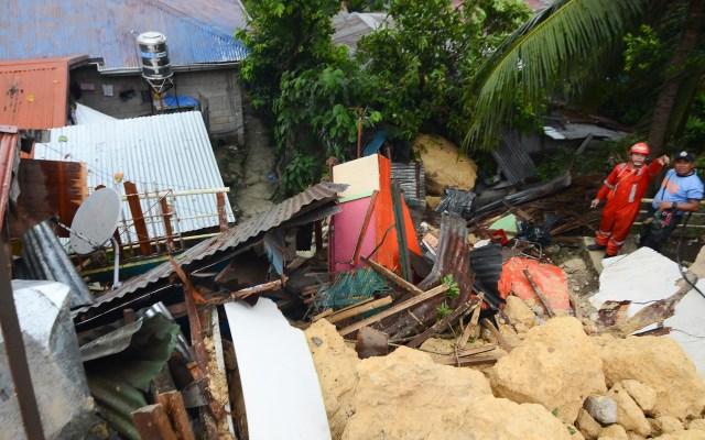 Al menos 12 muertos por deslave en Filipinas - Foto de AFP