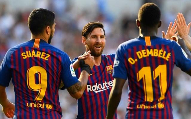 Barcelona gana 2-1 a la Real Sociedad de Héctor Moreno - Foto de GABRIEL BOUYS / AFP