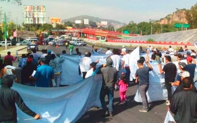 Liberan autopistas y carreteras tras bloqueos - Foto Especial