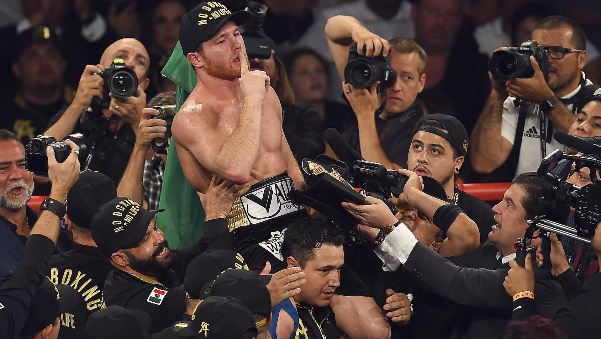 'Canelo', nuevo campeón de los medianos