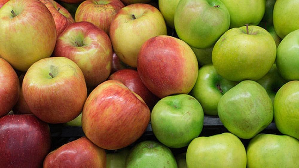 Despiden a empleados de súper por vender 15 mil manzanas a un cliente - Foto de Internet
