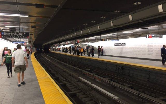 Reabren estación del Metro de Manhattan tras atentados del 11 de septiembre - Foto de Steve Burns @StvBurns