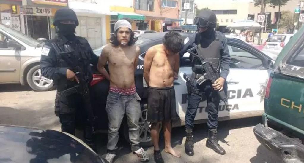 Intentan linchar a dos jóvenes acusados de robo en Toluca. Noticias en tiempo real