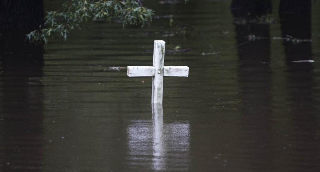 Paso de Florence deja inundaciones mortales en EE.UU.. Noticias en tiempo real