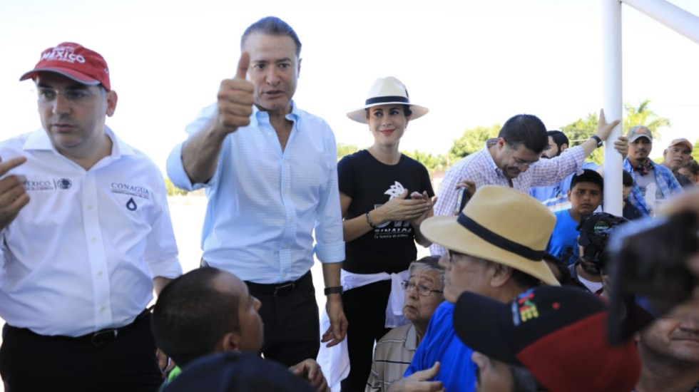"""Que no se burocratice la ayuda del Fonden"": gobernador de Sinaloa - Foto de @QuirinoOC"