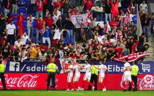 Dos heridos al ceder una valla de una grada del estadio del Eibar - Foto de Twitter