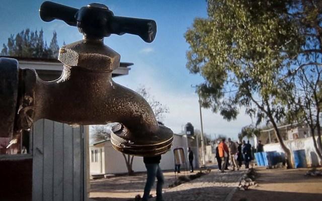 ¿Cómo saber cuál es el consumo de agua en casa? - Foto de Xataca México