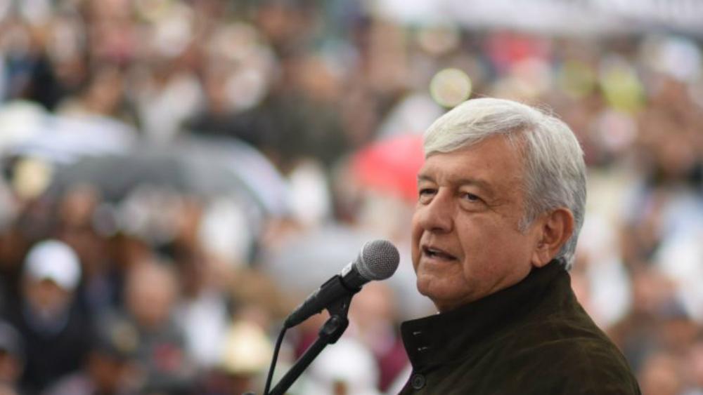 AMLO promete solicitar extradición de César Duarte