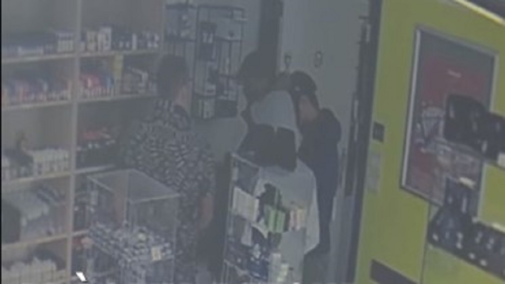 Didier negociando con ladrones. Captura de pantalla