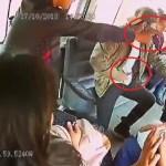 #Video Nuevo asalto al transporte público en el Edomex - Asaltantes en transporte público del Edomex. Captura de pantalla