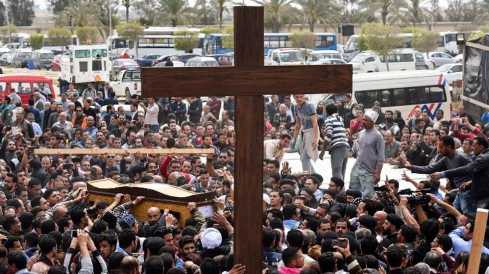 Condenan a muerte a 17 personas por atentados contra iglesias en Egipto - Foto de MOHAMED EL-SHAHED / AFP