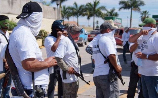 Inicia liberación de ex autodefensas de Michoacán - Autodefensas en Michoacán. Foto de Internet