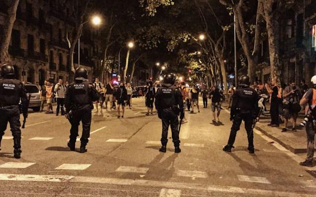 Disturbios en Barcelona al concluir la manifestación independentista - Foto de @leticiafuentesm