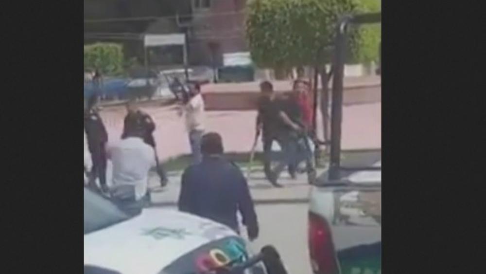 #Video Balacera en Chiapas tras toma de posesión de alcalde - Foto de Noticieros Televisa