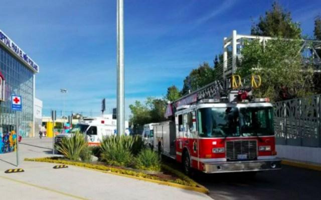Desalojan hospital en Puebla por explosión - El hospital fue evacuado mientras de atendía la explosión