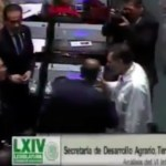 #Video Fernández Noroña y Luis Miranda a punto de golpearse