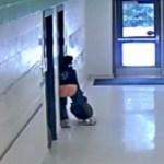 #Video Maestra patea a su alumno de 11 años en EE.UU.