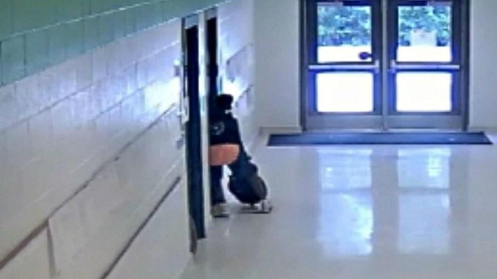 #Video Maestra patea a su alumno de 11 años en EE.UU. - Foto de Groose Creek Police Department