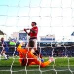 Chelsea empata ante Manchester United y se coloca líder - Chelsea empata ante Manchester United y se coloca líder