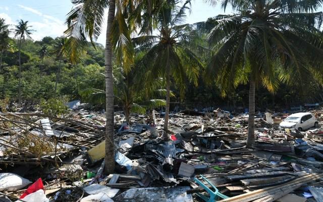 Cifra de muertos se actualiza a mil 234 en Indonesia - Devastación en Indonesia tras terremoto y tsunami. Foto de AFP / Adek Berry