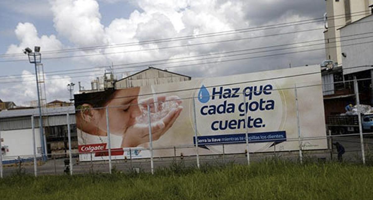 Venezuela: Planta de Colgate suspende operaciones por falta de cajas