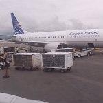 Avión de Copa Airlines aterriza de emergencia en AICM