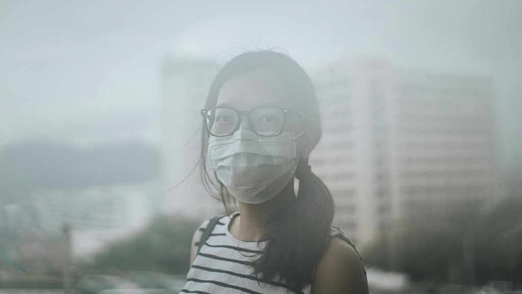 El antes y después de la acumulación de smog tóxico en Beijing - Beijing atraviesa una temporada de smog tóxico. Foto de Getty Images