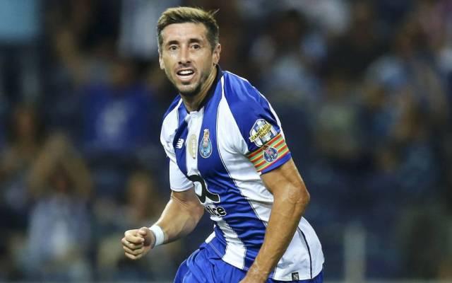 Herrera pidió seis millones de euros para renovar con el Porto - héctor herrera renovación porto