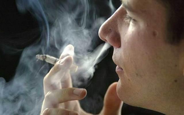 Cuerpo exhala humo por seis horas tras fumar : IMSS - Foto de El Comercio