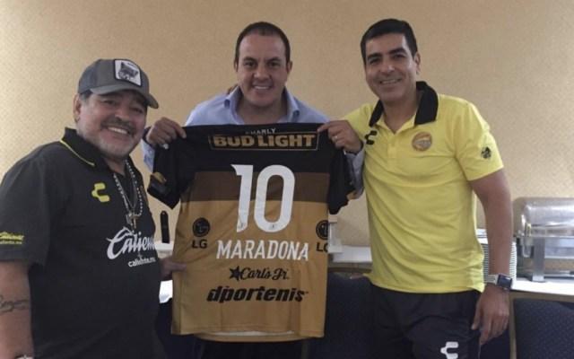 Cuauhtémoc Blanco se reúne con Diego Armando Maradona - Cuauhtémoc Blanco se reúne con Diego Armando Maradona