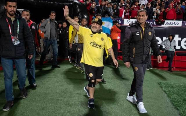 Maradona critica a Messi y se postula para dirigir al Tri - Foto de AFP