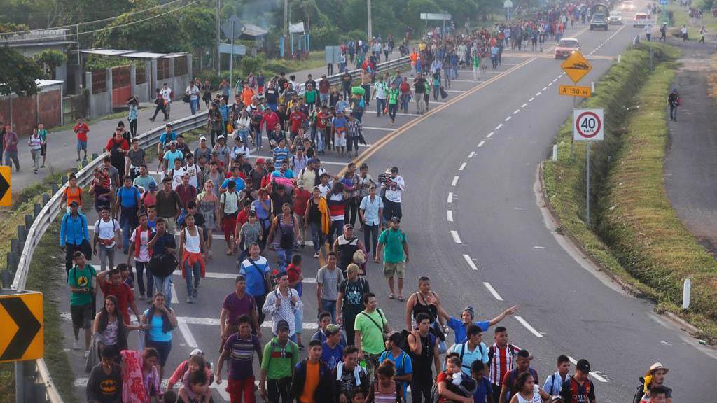 Activistas de extrema derecha planean detener caravana migrante - Migrantes rumbo a Estados Unidos. Foto de Internet