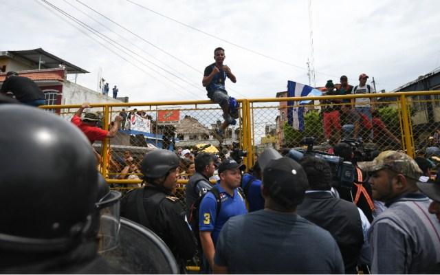 No se usará la fuerza contra migrantes en frontera sur: Segob - Foto de AFP