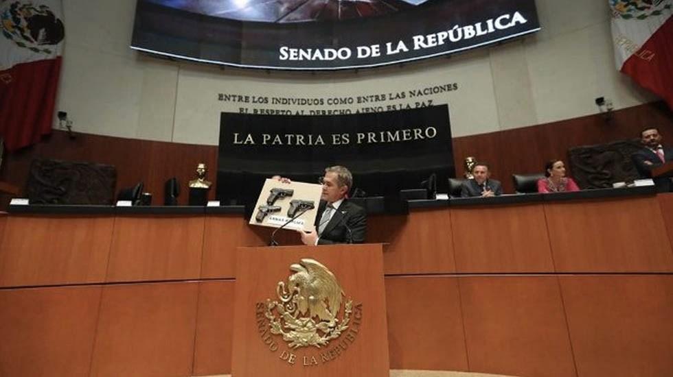 Mancera propone cárcel para quienes usen armas réplica en delitos - Foto de @ManceraMiguelMX