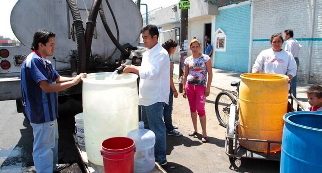 Hasta seis mil pesos costará una pipa de agua durante corte. Noticias en tiempo real