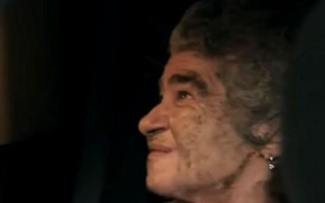Rescatan a anciana de incendio en su departamento en Polanco - Anciana rescatada de departamento incendiado. Captura de pantalla